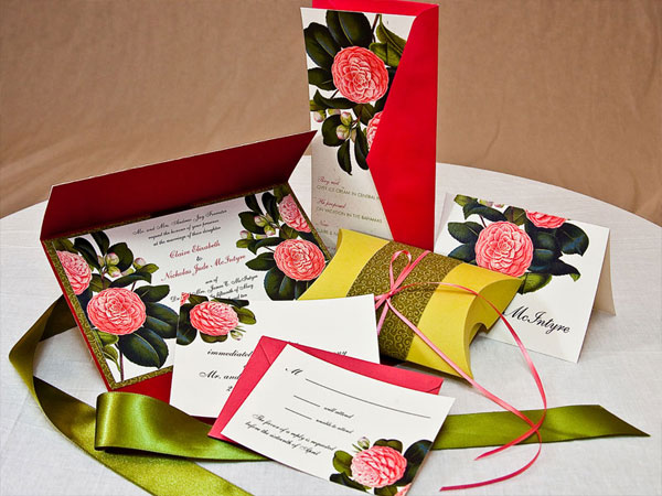 A Deux Wedding Invitations