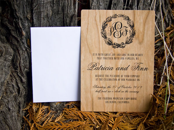 Vintage Wreath Wood Wedding Invites | The Paper Paramour